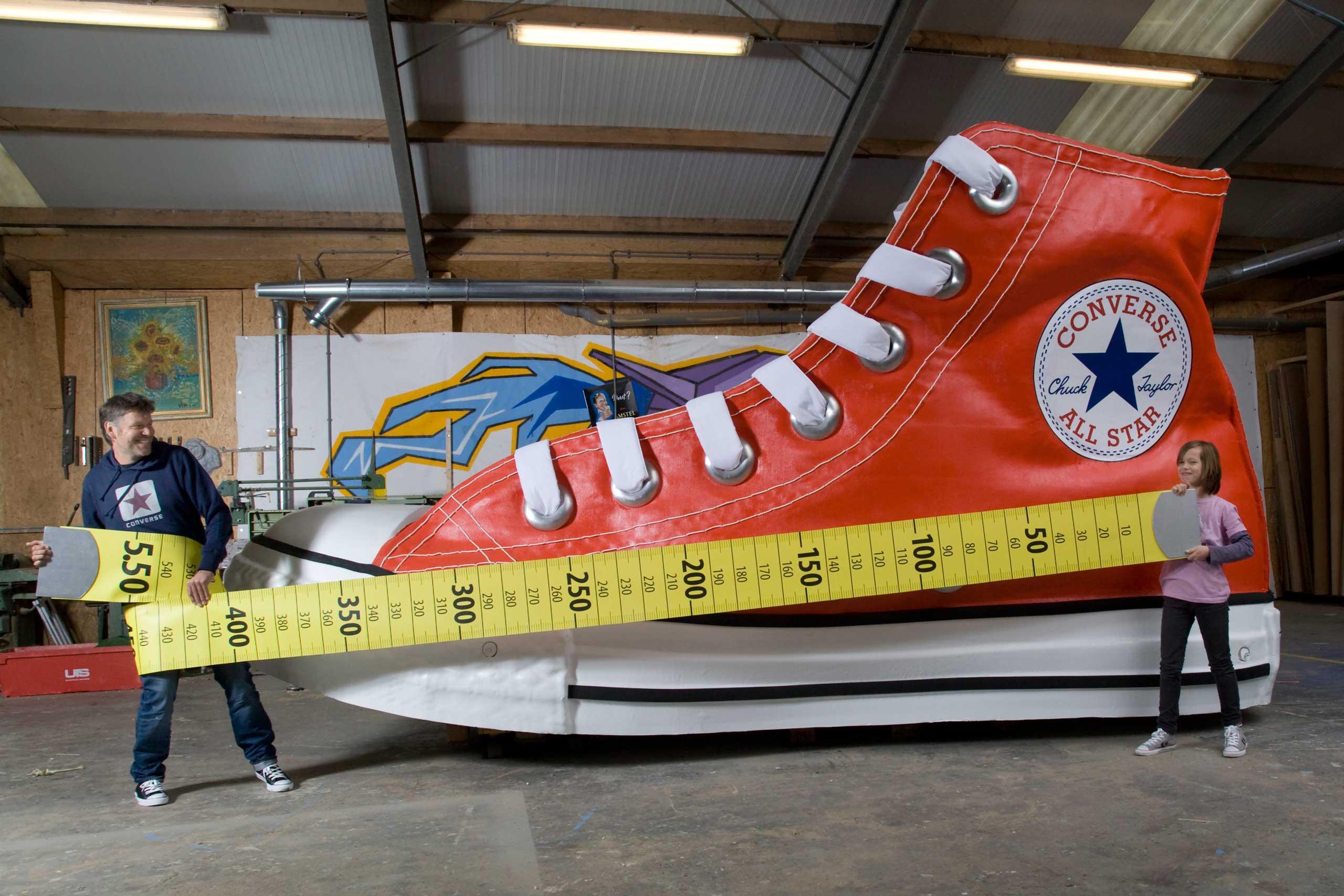Guinness World Records Tallest Man Shortest Man Meet In
