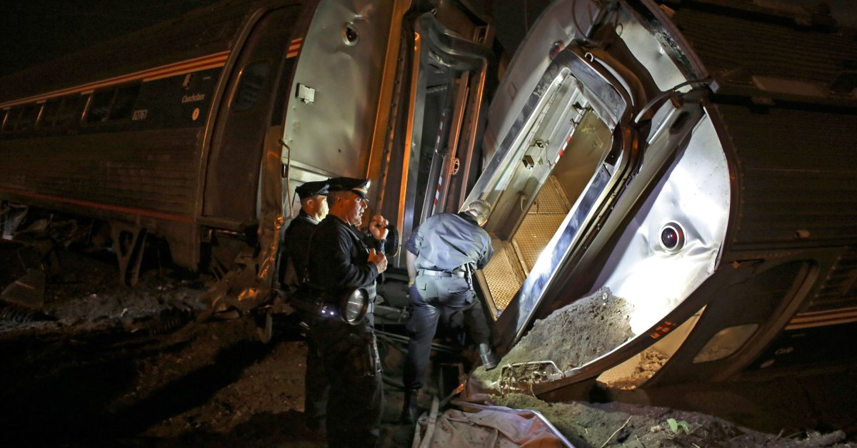 Amtrak Crash Philadelphia 6 Dead Dozens Injured Time