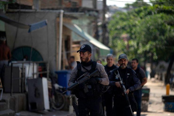BRASIL-KEJAHATAN-NARKOBA-POLISI