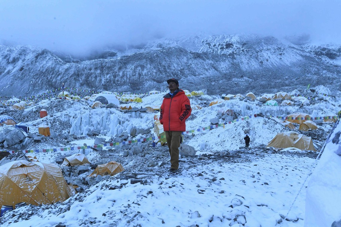Everest Covid Outbreak Is Huge Challenge For Nepal S Sherpas Time