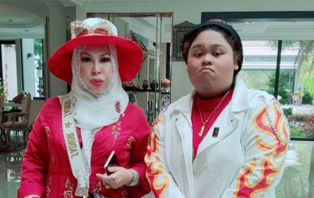 """Cik B akui susah jadi Datuk Seri Vida, mujur dapat tiru gaya tangan dan cakap Kelantan - """"Saya tak gedik, mama gedik!"""""""