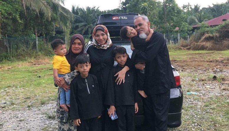 reena keluarga
