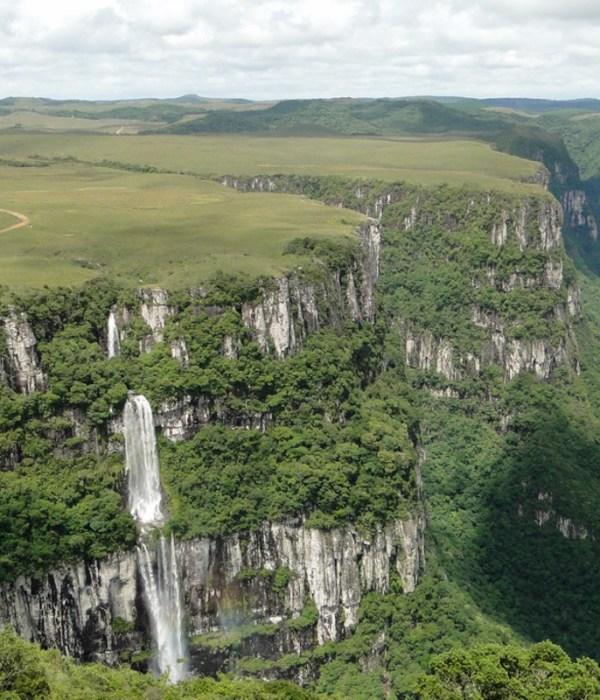 canion-Laranjeiras-serra-catarinense-apino-viagens-turismo-santa-catarina