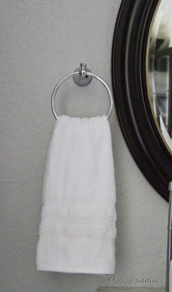Moen Hand towel ring