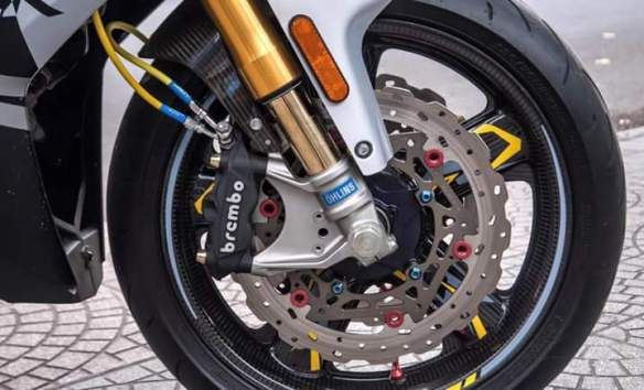 Modifikasi Mx King rem brembo