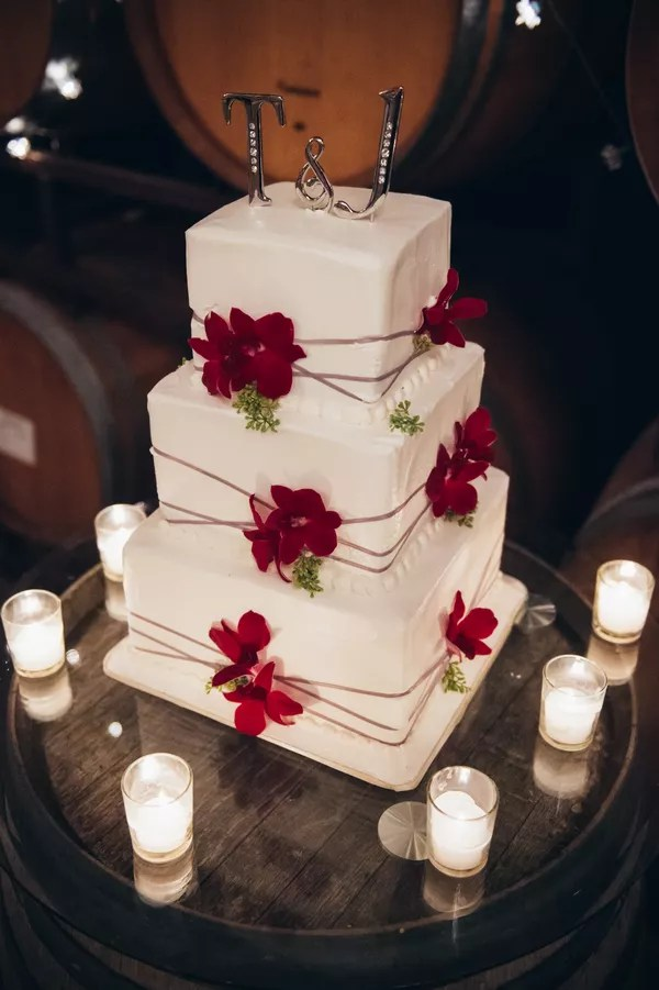 Red Wedding Cakes Ivory Wedding Cake  Red Cake Flowers