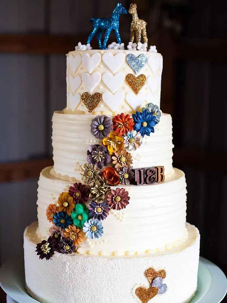 17 Gorgeous Fall Wedding Cakes
