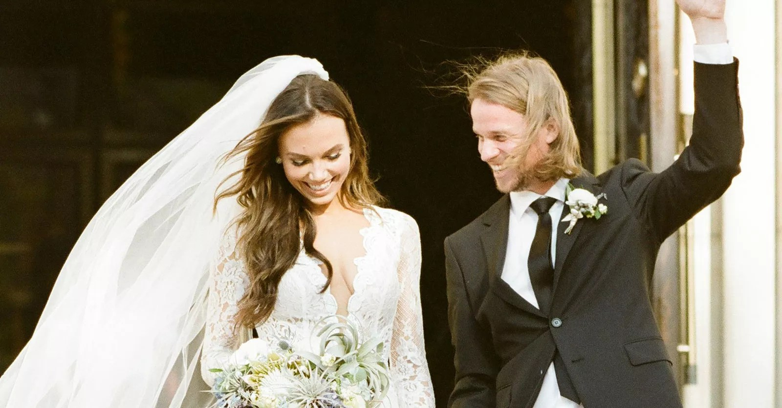 These Are The 5 Most Viewed Real Wedding Dresses On The Knot