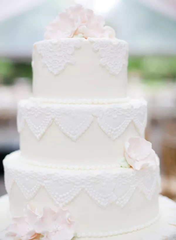 Vintage Wedding Cakes Vintage Fondant Lace Wedding Cake