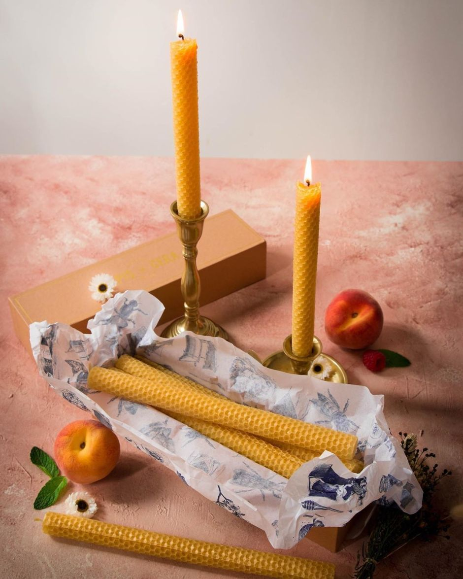 bougies chandelles en cire d'abeille - Apis Cera