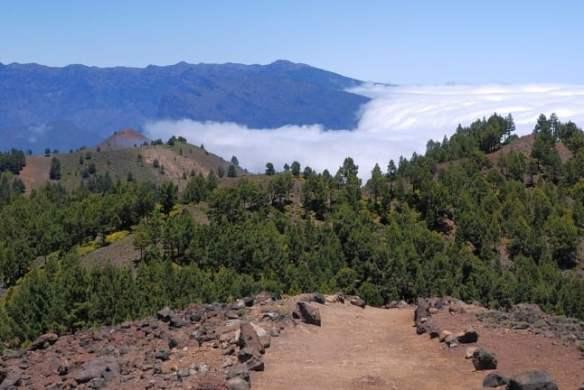 Alert raised over quake surge around Canary Island volcano