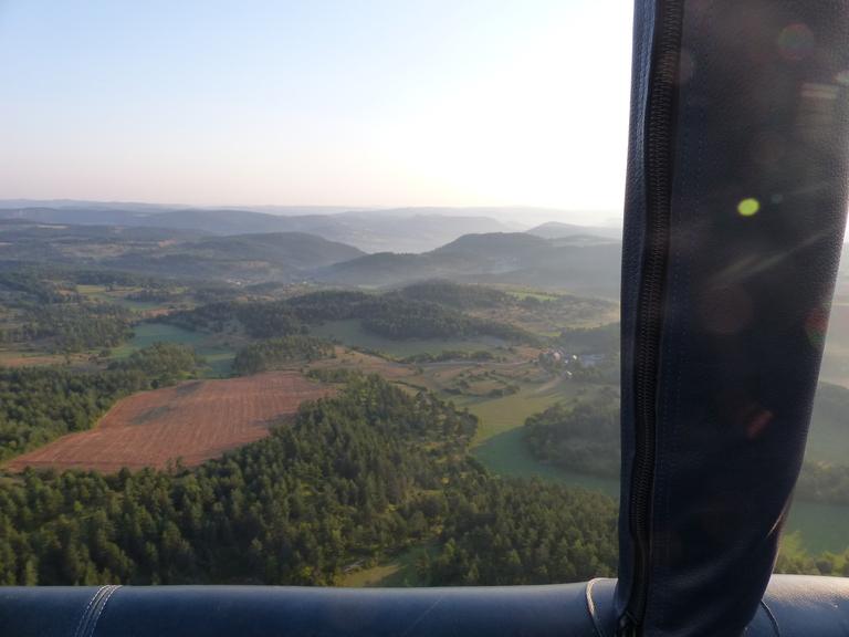 vue-du-ciel-montgolfiere