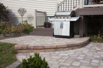 natural stone steps and patio in Shillington, PA