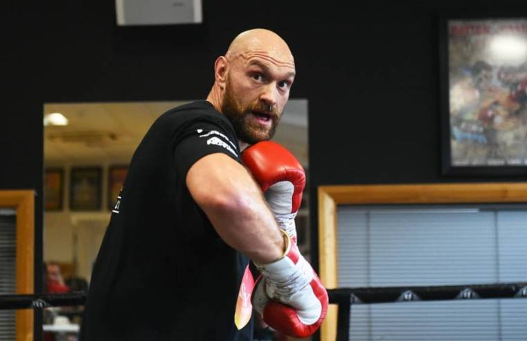 Tyson Fury Signs Co-Promotional Deal With Top Rank