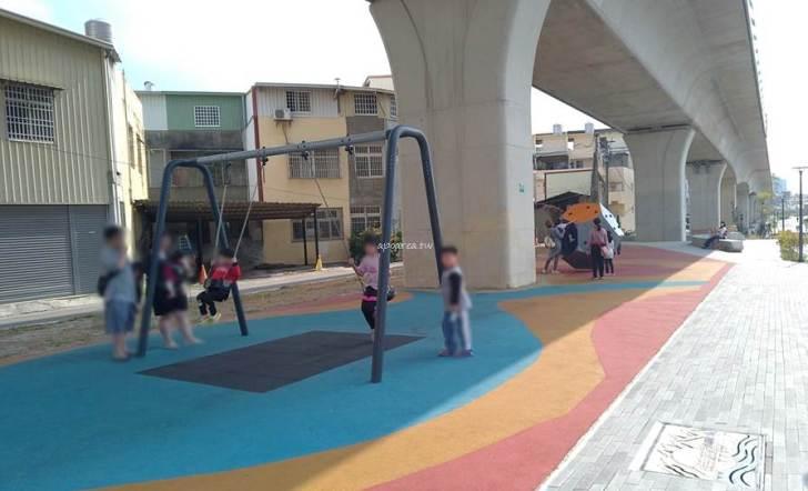 20210305074545 41 - 豐原綠空鐵道遊戲場。市區公園少見的彈力滑索,立體攀爬區,鳥巢鞦韆,台中親子免費景點