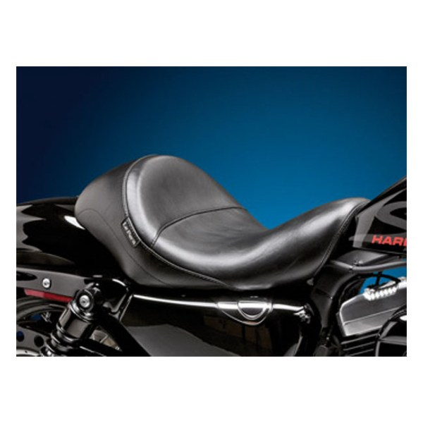 LePera, Aviator solo seat. Black, smooth | 04-20 XL (excl. 07-09 XL) with 4.5 gallon fuel tank