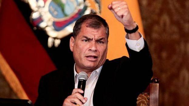 "Ecuador's Ex-President Rafael Correa Denounces Treatment of Julian Assange as ""Torture"""