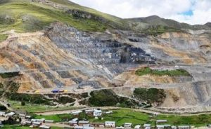 """Corporate Mining in Latin America is the Source of Social Conflict: """"The Andes now Resembles a War Zone"""" 