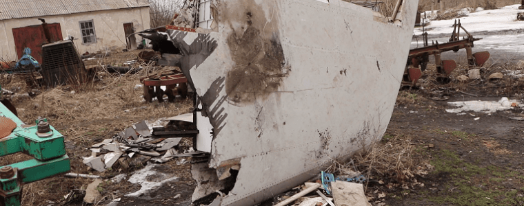 MH17 – Grote brokstukken MH17 nog op rampplek