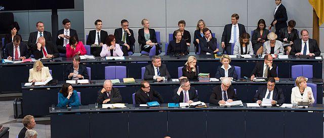 Grote coalitie om politieke overleven Merkel en Schulz veilig te stellen
