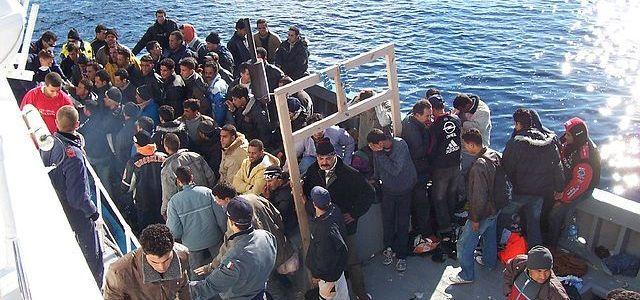 Interpol waarschuwt: IS-strijders komen als bootvluchtelingen