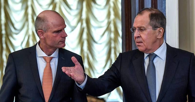 Lavrov zet Stef voor het Blok