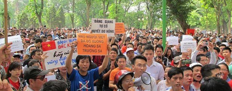 Vietnams delicate buurschap met China   Uitpers