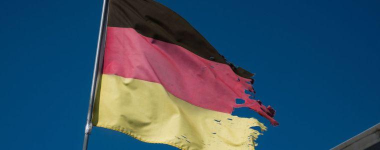Ein Staat gibt seine Tarnung auf | KenFM.de