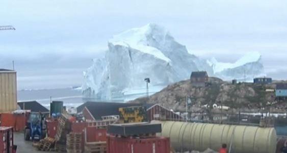 Largest Iceberg & Crazy Weather | Armstrong Economics