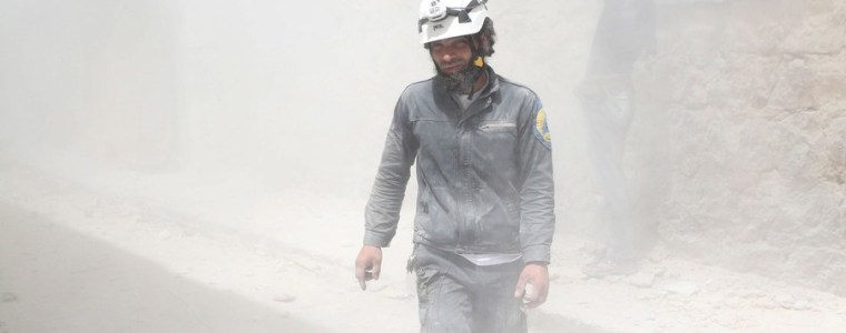 Bizarre White Helmets evacuation aims to cover up crimes committed by ISIS and Al Qaeda (Video)