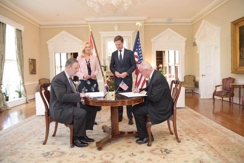Nederland en Amerika ondertekenen defensieverdrag