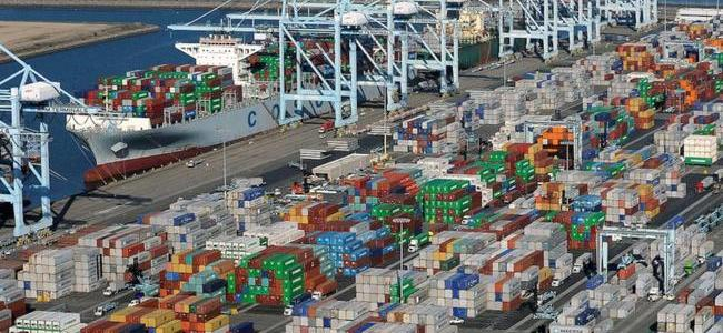"""""""Rush Game With The Tariff"""": The Race Is On To Get Chinese Goods Into U.S."""