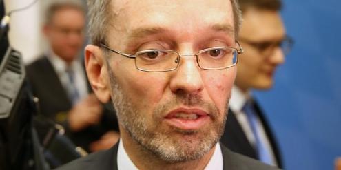 Die Kampf der FPÖ gegen die Pressefreiheit