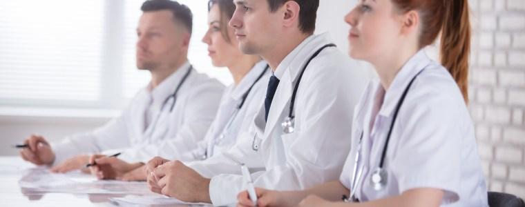 vaccinatiesymposium-is-8216aansporing8217-voor-ziekenhuispersoneel-om-de-griepprik-te-halen-8211-stichting-vaccin-vrij