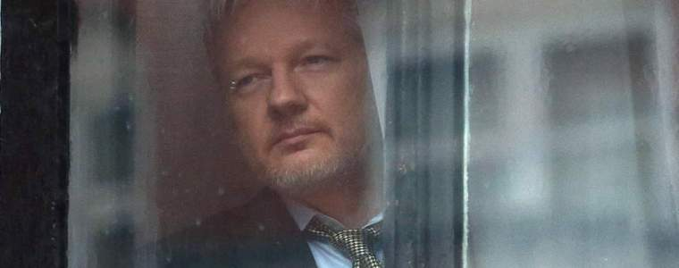 trump-quietly-orders-elimination-of-assange