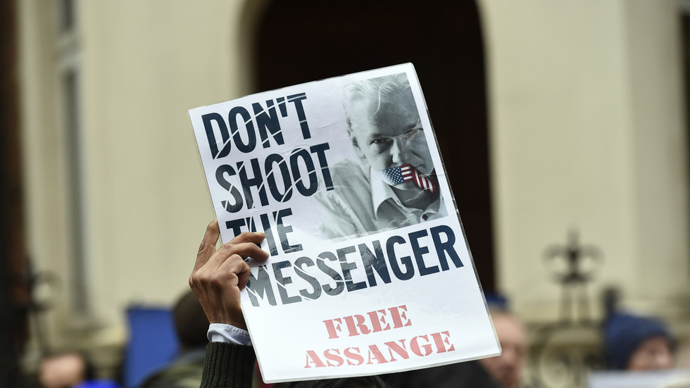 assange-rejects-ecuador-president8217s-8216no-death-penalty8217-deal-with-uk