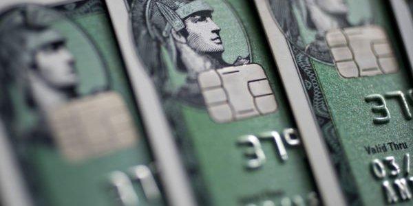 federal-reserve-registriert-erste-ausfall-welle-bei-kreditkarten