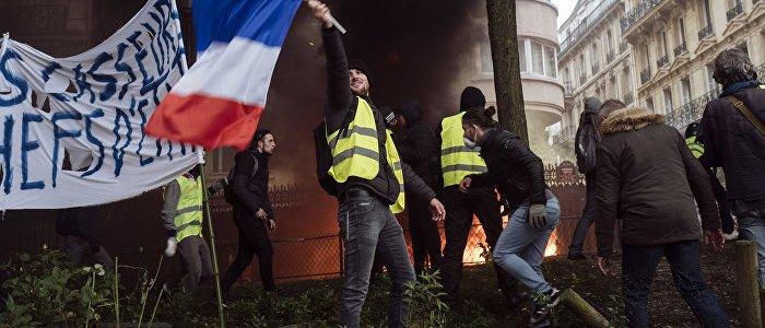 gros-demo-in-paris-gelbwesten-erwarten-million-teilnehmer