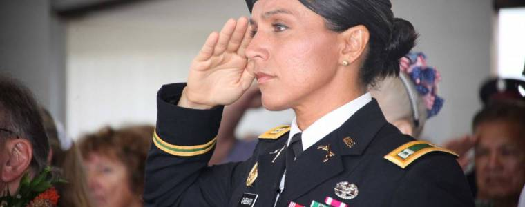 heroic-gabbard-stands-her-ground-says-she-doesn8217t-regret-meeting-assad