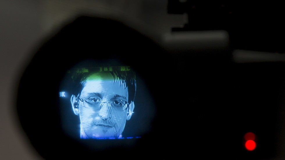 the-intercept-shuts-snowden-archive-amid-layoffs-amp-outrage