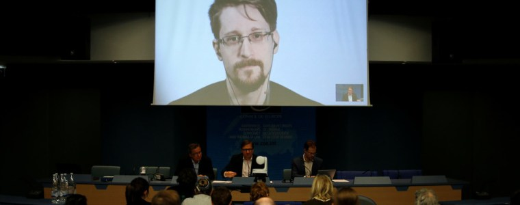 never-forget-what-they-did-here-snowden-vents-dismay-at-eu-copyright-reform