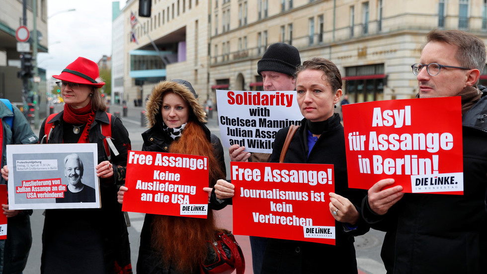 if-we-lose-wikileaks-we-lose-a-whole-stratum-of-freedom-pilger