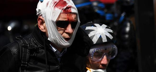 """chaos-erupts-in-paris-as-""""armageddon""""-protesters-riot-during-french-holiday"""