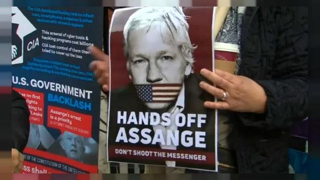"thursday's-extradition-hearing-""life-&-death""-for-assange-and-journalism-itself"