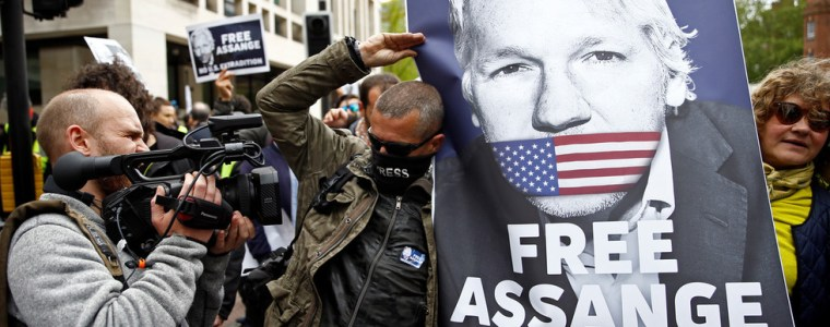 'huge-threat-to-first-amendment':-us-seeks-to-intimidate-reporters-by-indicting-assange-–-journalist