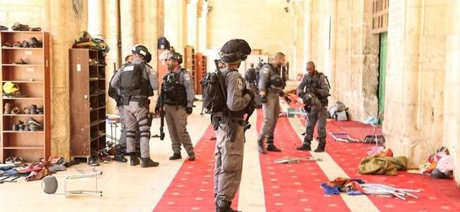 severe-clashes-as-jewish-settlers-enter-jerusalem's-al-aqsa-mosque-compound