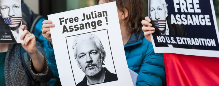 assange-will-never-see-fair-trial-amid-'industrial-grade-demonization-campaign'-–-max-blumenthal