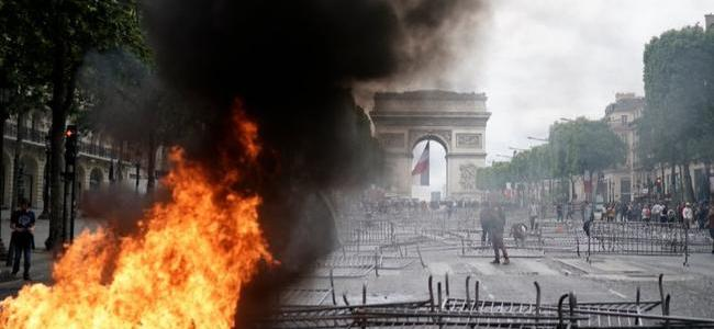 paris-violence-worst-in-months-as-yellow-vests-clash-with-police-on-bastille-day