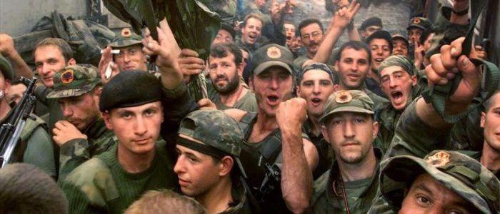 kosovo-befreiungsarmee:-von-terroristen-zu-verklarten-helden-–-und-zuruck