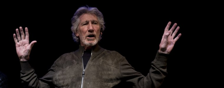 'nothing!'-media-refuse-to-cover-roger-waters-concert-in-support-of-julian-assange